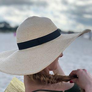 Woman's Beach Hat